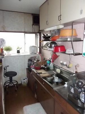 着工前キッチン2