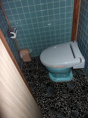 着工前トイレ