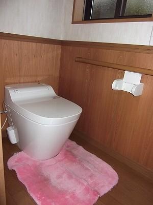 寝室トイレ2
