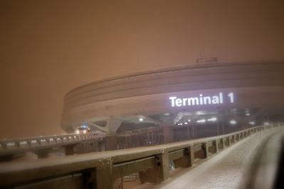 terminal1は雪に覆われて・・・