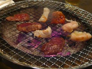 新宿「ホルモン食堂」2