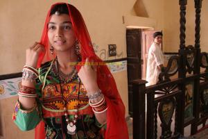 Ayesha-Takia-in-Dor.jpg