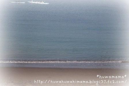 朝の葉山の海