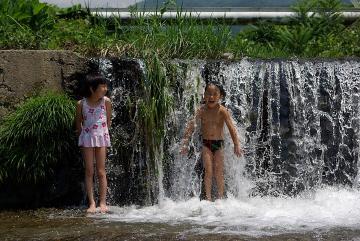 20110717ケヤキの森滝younobu