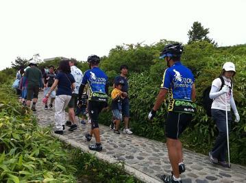 20110813白根山登り道