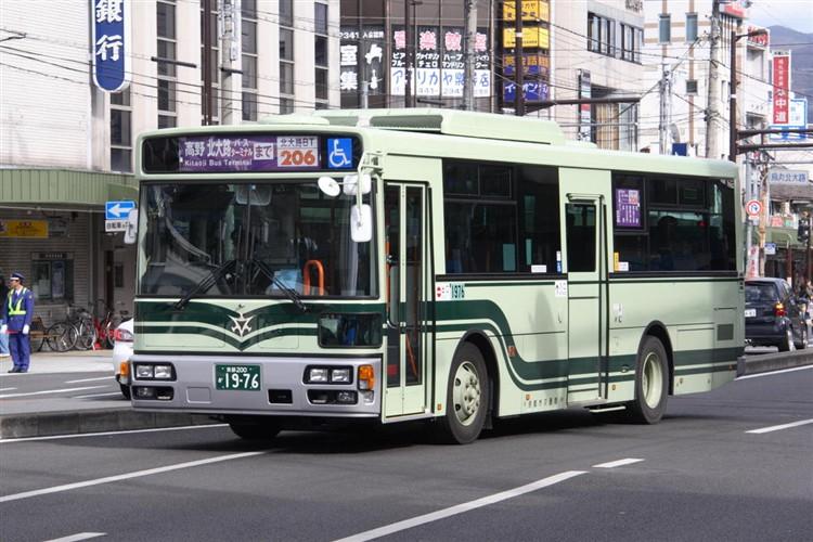 京都市バス 京都200か1976 いすゞPDG-LV234L2