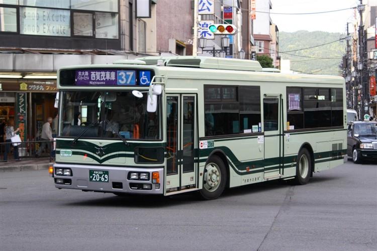 京都市バス 京都200か2069 日デPDG-RA273MAN