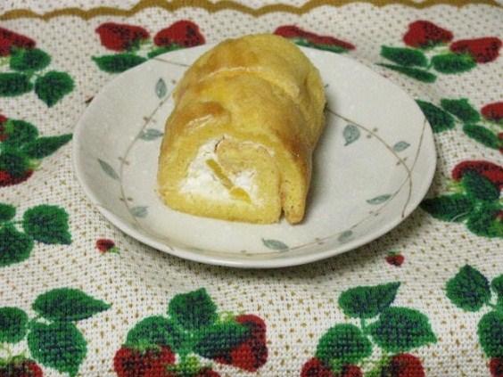 20110621天ぷら粉のロールケーキ