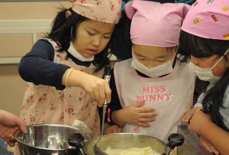 2009収穫祭_調理3