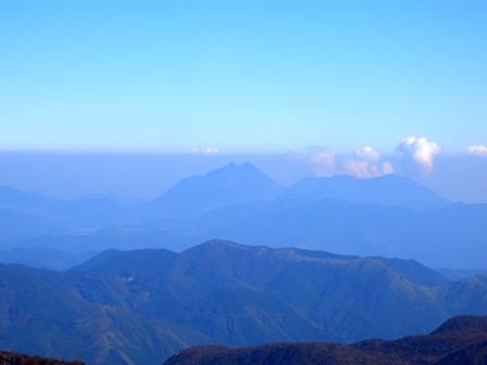 大船山山頂からの由布岳CIMG0375