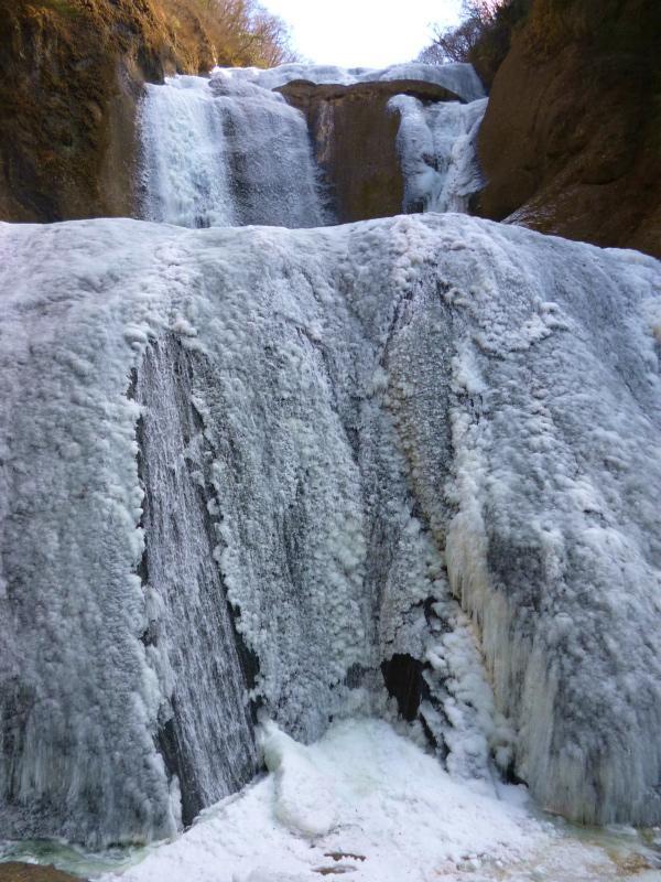240130 氷結滝2