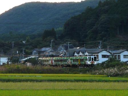 日下駅-岡花駅間 アンパンマン列車 1