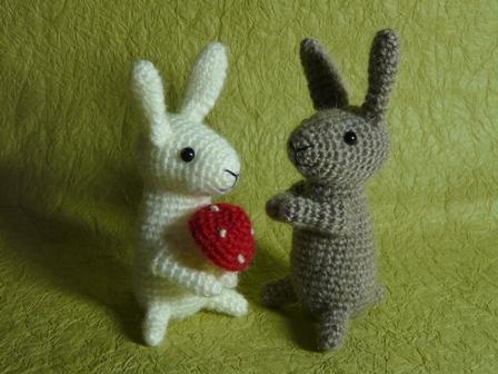 あみぐるみ 野ウサギ&白ウサギ
