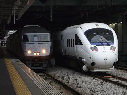 885系特急形電車 & 787系特急形電車