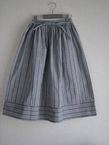 ハイジのスカート縮小版JPG