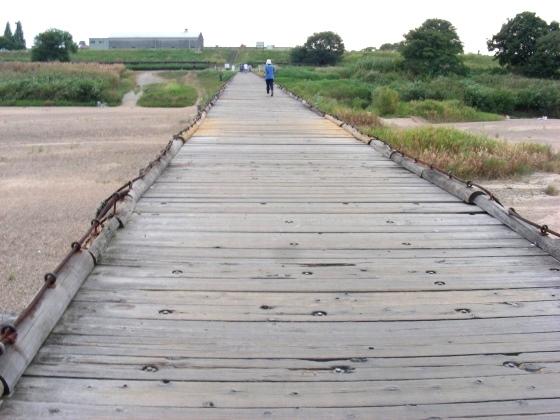 流れ橋 048