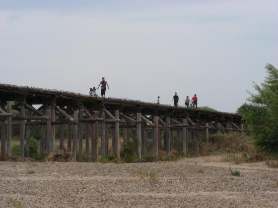 流れ橋 058