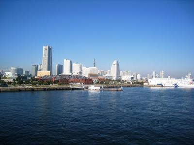 大桟橋ふ頭から見たみなとみらい21地区の景色①