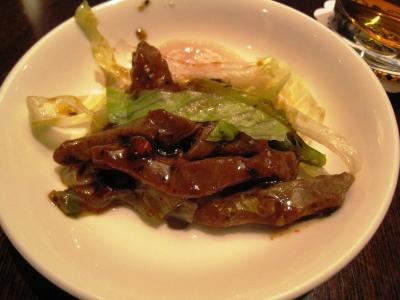 招福門さん⑦牛ヒレ肉と平貝の黒豆ソース炒め