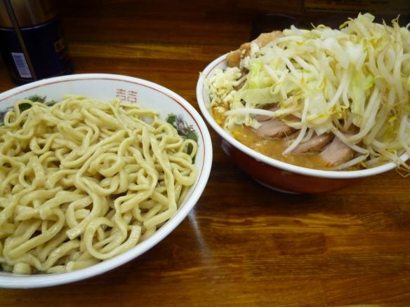 11年7月1日 小金井 小つけ麺豚入りヤサイニンニク