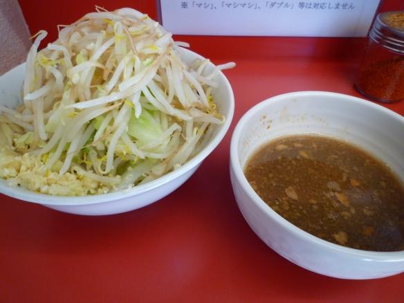 11年6月16日 小岩 小ラーメンつけ麺 ヤサイニンニク
