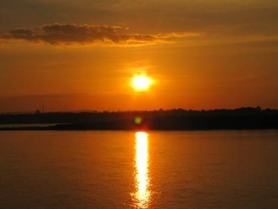 メコンの夕陽①@サワンナケート