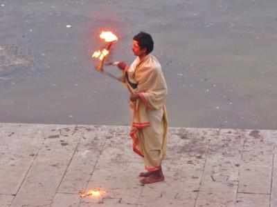火を統べる男@バラナシ