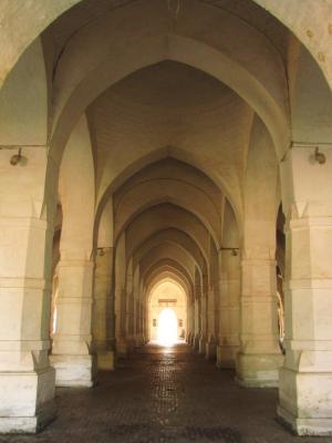 静寂の回廊@バゲルハット
