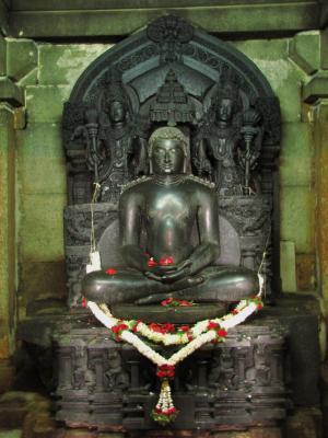 仏様に似た石像@シュラヴァナベルゴラ