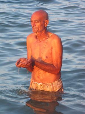 夜明けの海水沐浴②@カニャークマリ