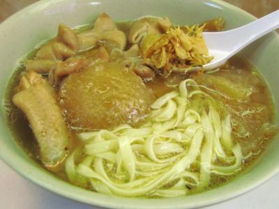 3品煮込み載せ麺@香港