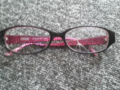 コーチのメガネ1