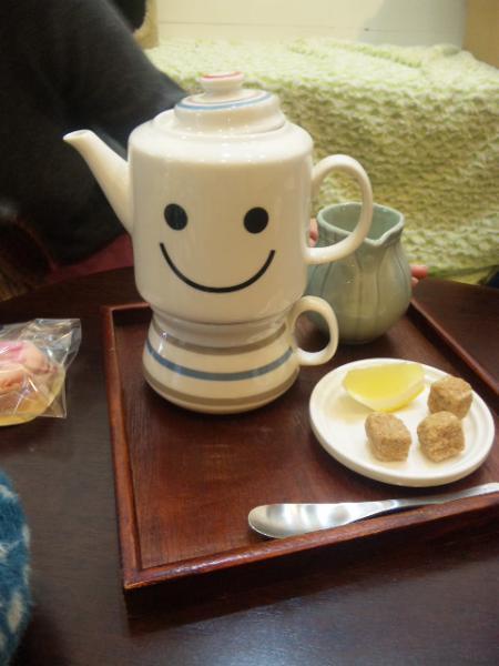 ポットの紅茶