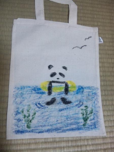 パンダの海水浴