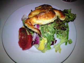 スモークサーモンとアボカドのカボチャクリームドレッシングサラダ