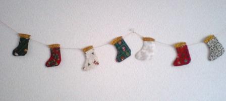 靴下型のクリスマスガーランド☆