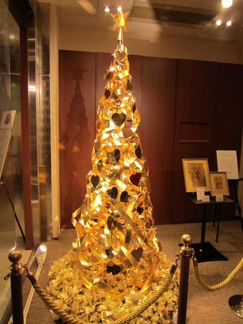 黄金のクリスマスツリー