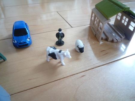 トップハム・ハット郷と牛と羊