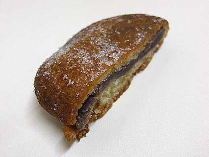 石田パン店(いしたフランセーズ) あんドーナツ 断面