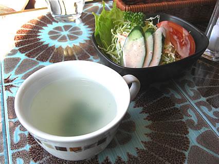 煉瓦亭 日替りライスランチ(オムライス) スープ、サラダ