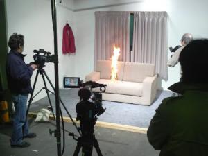 景気回復と燃焼実験(ムラタ)
