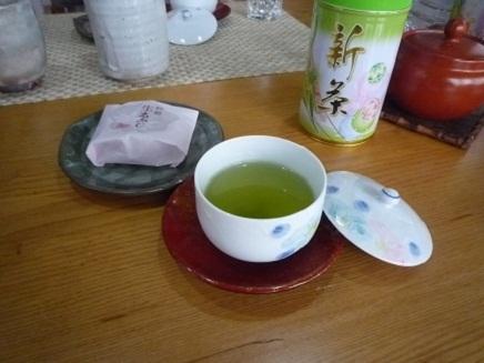 新茶いただく3SMay072011