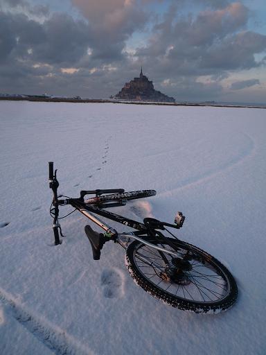 モン・サン・ミッシェルと自転車