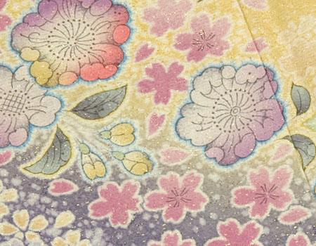 ピンクの辻が花柄の振袖