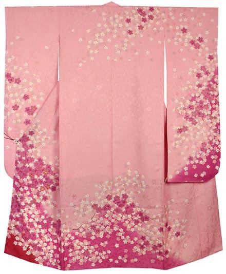 ピンク色桜柄振袖