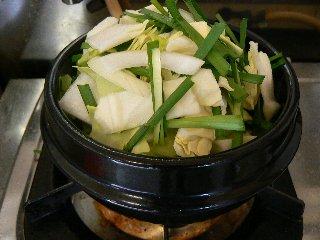 蒸し野菜のチゲ②