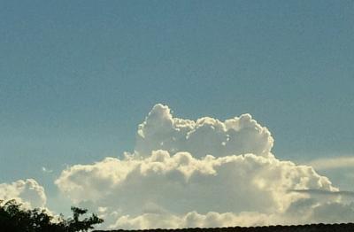 梅雨明けの入道雲