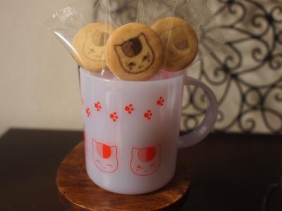 プラカップとクッキー。