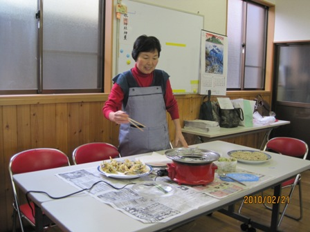 天ぷらを揚げる代表