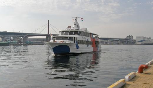 神戸ビエンナーレ2009・船上より-1